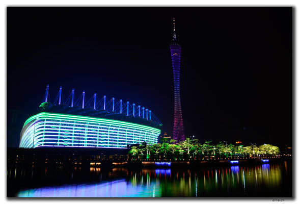 CN0435.Guangzhou.Canton-Tower & Stadion