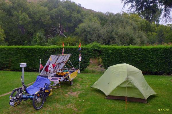 NZ: Solatrike in Millers Flat Camping