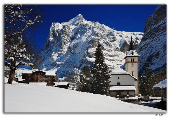 GW0077.Kirche mit Wetterhorn