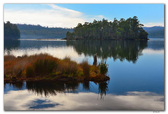 AU1412.Dee Lagoon
