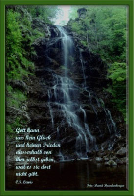 S0028 Divache Falls,Schottland.Text: C.S. Lewis