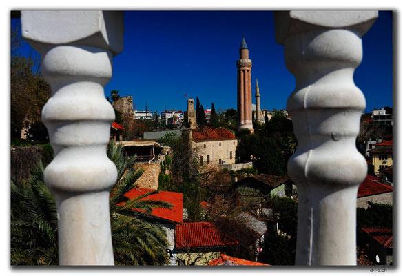 TR0328.Antalya.Yivli-Minarett