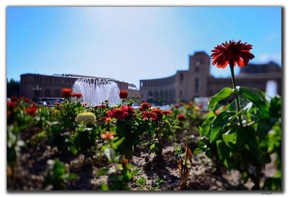 AM046.Yerevan.Springbrunnen
