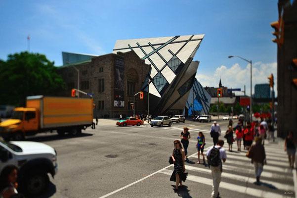 CA0301 Toronto ROM
