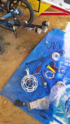 HK: Vordermotor ausgebaut und neues Ritzel eingebaut