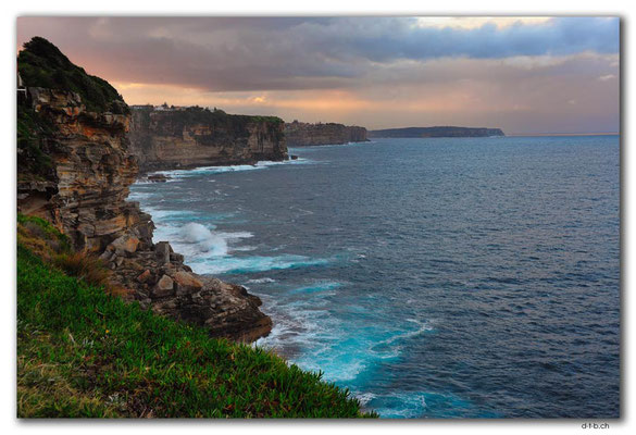 AU1622.Sydney.North Bondi Cliff
