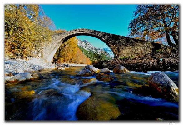 GR0266.Pili.Mittellalterbrücke