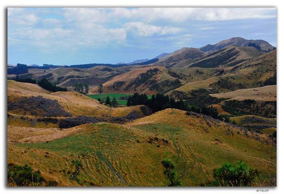 NZ0688.Hills near Ward