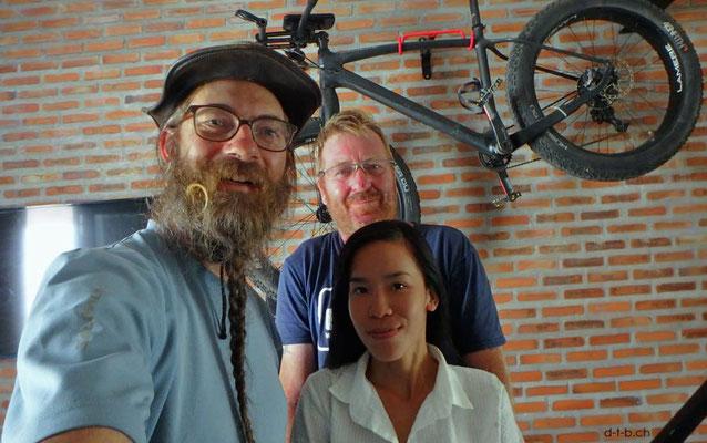 Vietnam.Nha Trang.Bei Mark Steenson und Freundin