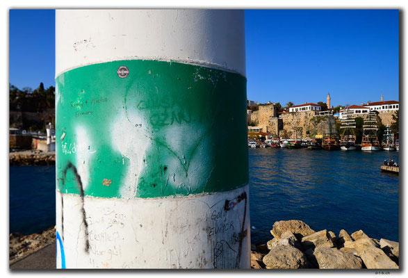 TR0338.Antalya.Hafen