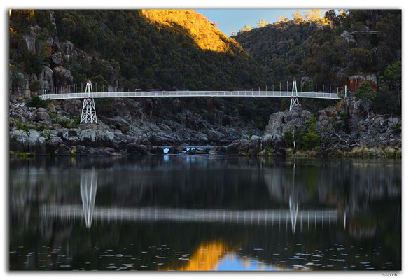 AU1276.Launceston.Cataract Gorge.First Basin and Bridge