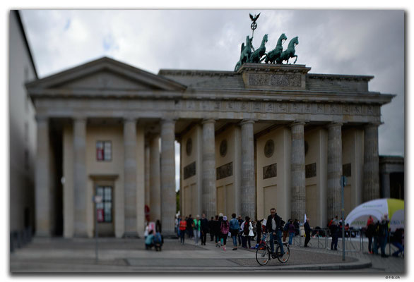 DE254.Berlin.Brandenburger Tor