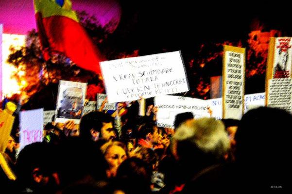 ROB043.Bukarest.Demonstration