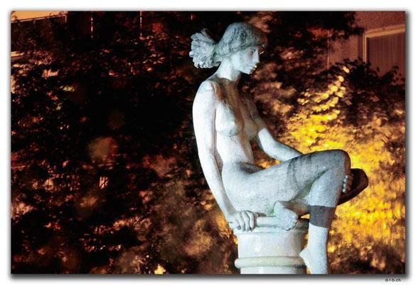 HU062.Makó.Statue