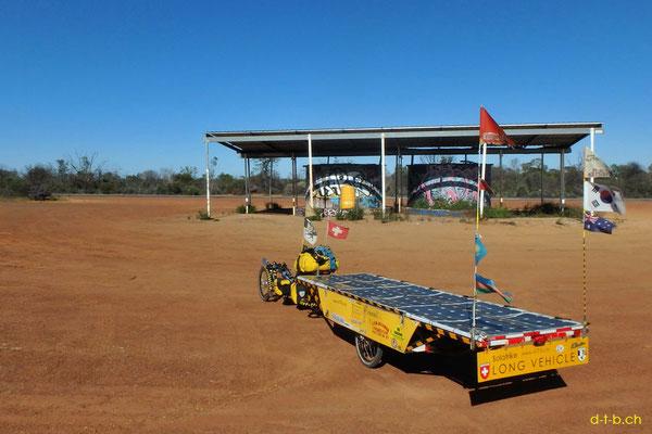 AU:Solatrike at 200Miles Water tanks Rest Area