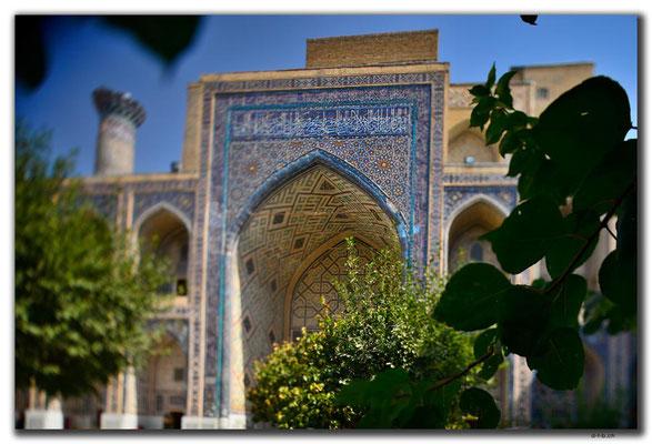 UZ0073.Samarkand.Registan.Ulugbek Medressa