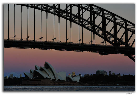 AU1659.Sydney.Opera House & Harbour Bridge.McMahons Point
