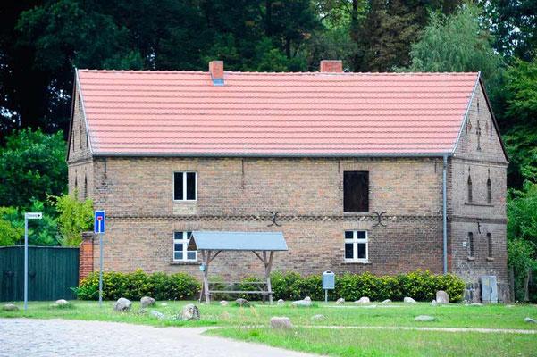 Deutschland,Wustrau: Naive Malerei architektonisch umgesetzt