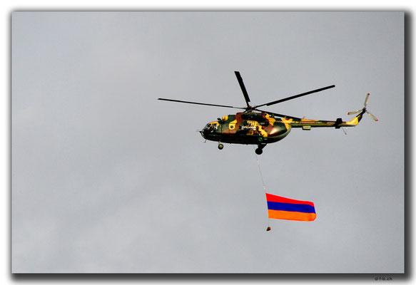 AM014.Yerevan.Feiertagskundgebung