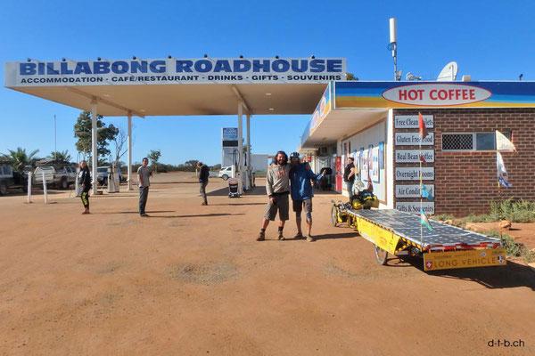 AU:Wiedersehen mit Mauro beim Billabong Roadhouse