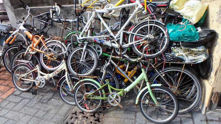 KR: Fahrradhaufen