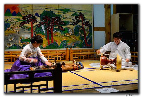 KR0066.Seoul.Folklore.Musik