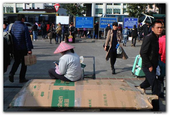 CN0485.Haikou.Chinesischer Hut
