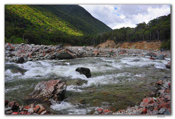 NZ0577.Anatoki Track.Stanley River