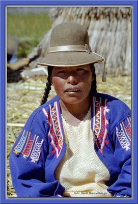 1.Verkäuferin.Uros.Peru