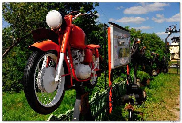 PL058.Motorräder.Skorzane