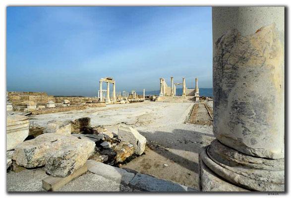 TR0171.Laodicea.Tempel