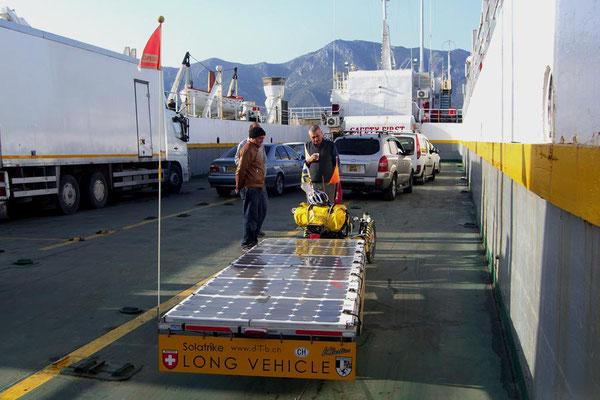 TR: Solatrike auf Fähre nach Nordzypern