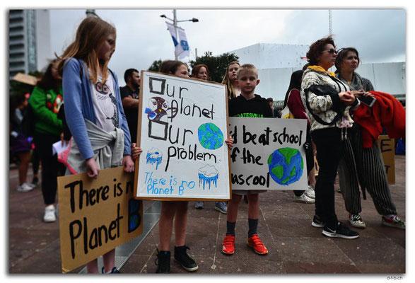 NZ0242.Auckland.Schoolstrike4Climate