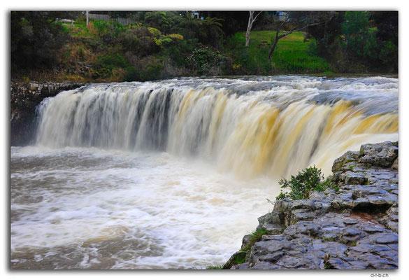 NZ0132.Haruru Falls
