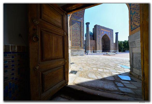 UZ0036.Samarkand.Registan.Sher Dor Medressa
