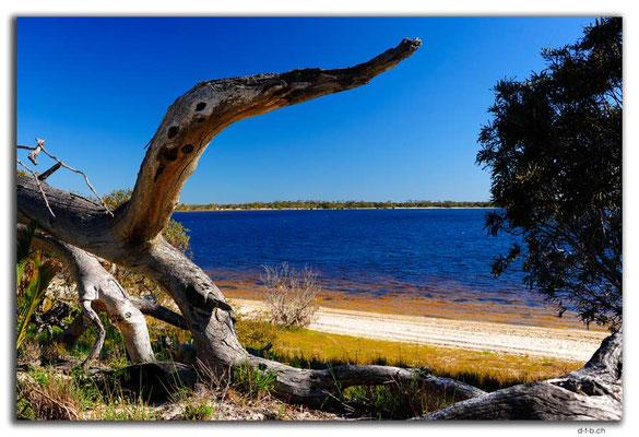 AU0554.Lake Indoon