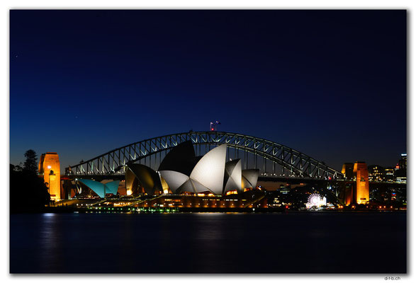 AU1637.Sydney.Opera House & Harbour Bridge