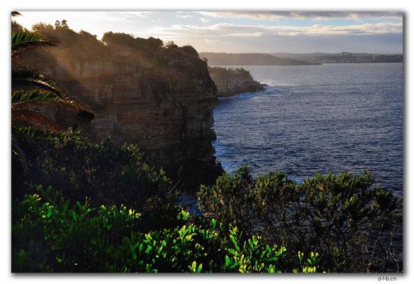 AU1647.Sydney.Gap Bluff