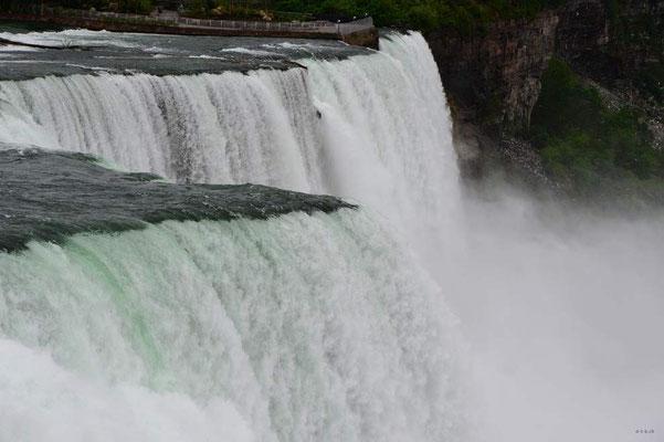 CA0426 Niagara Falls