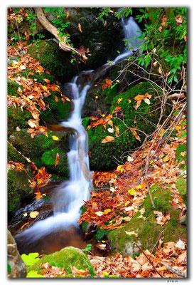 GR0184.Wasserfall bei Karitsa