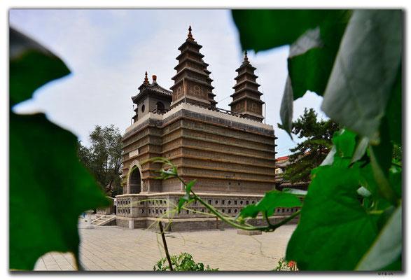 CN0286.Hohhot.Five Pagodas