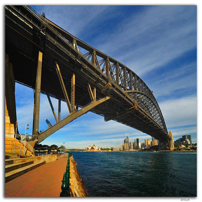 AU1600.Sydney.Opera House + Harbour Bridge