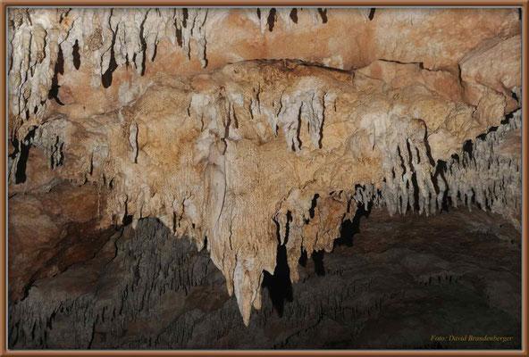 """JM042.Windsor Cave """"Mont St. Michel"""""""