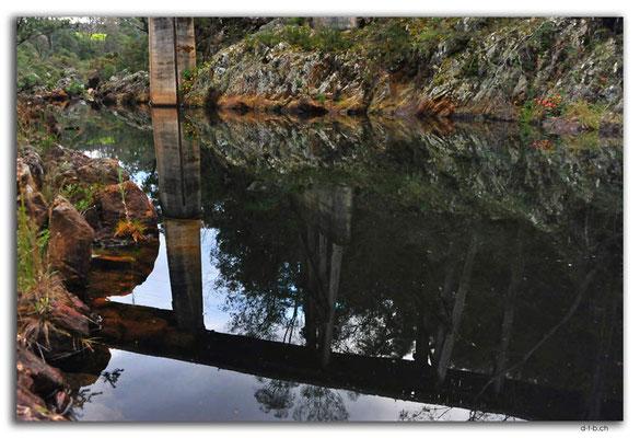 AU1467.Nowa Nowa.Trestle Bridge