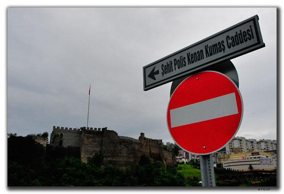 TR0975.Trabzon.Schlossruine