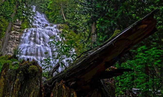 CA0273 Bridal Veil Falls