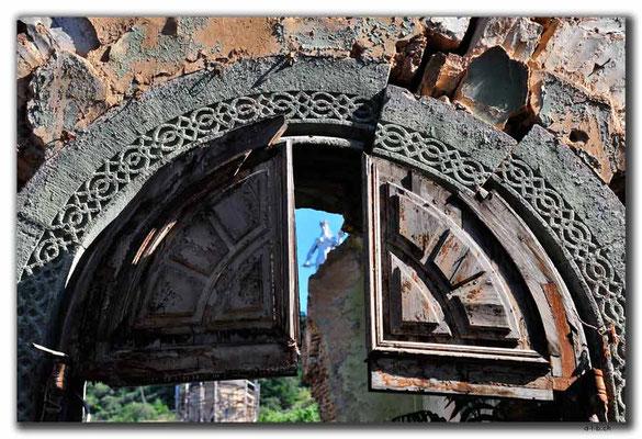 GE0145.Tbilisi.Kirchenruine