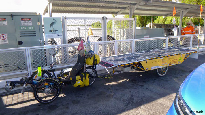 AU: Solatrike auf Fähre bei Wellington