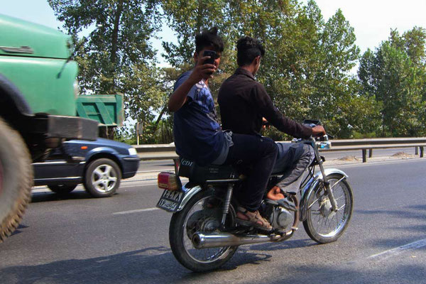 Iran: Motorrad 1