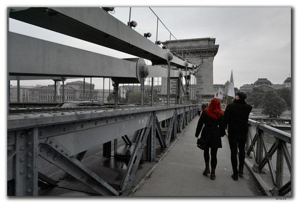 HU038.Budapest.Kettenbrücke